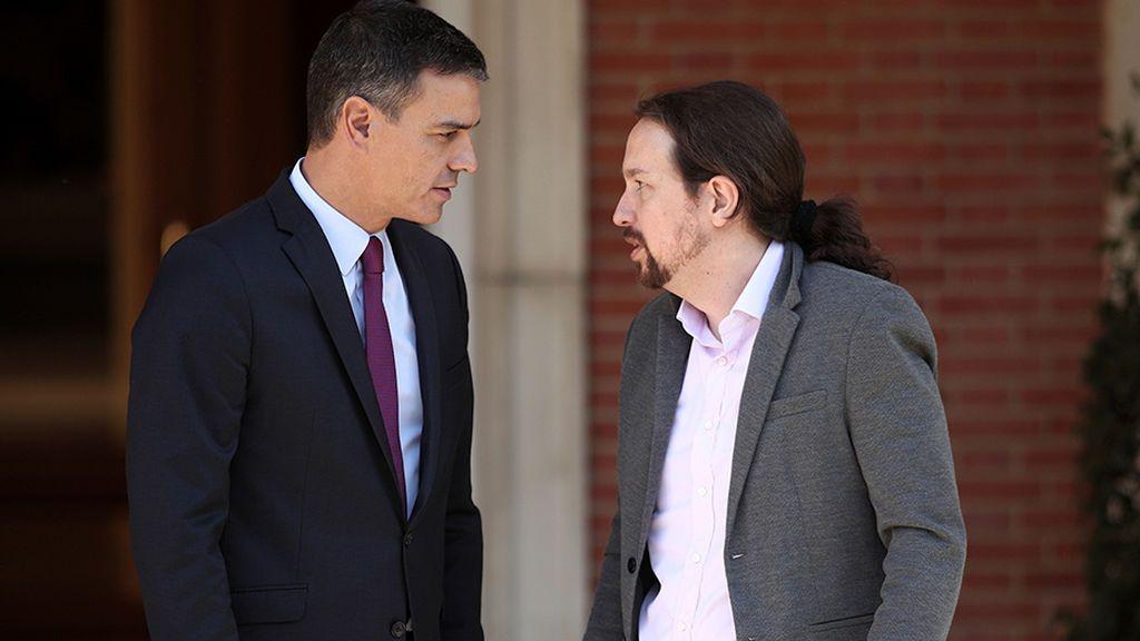Pedro Sánchez y Pablo Iglesias en el Palacio de La Moncloa