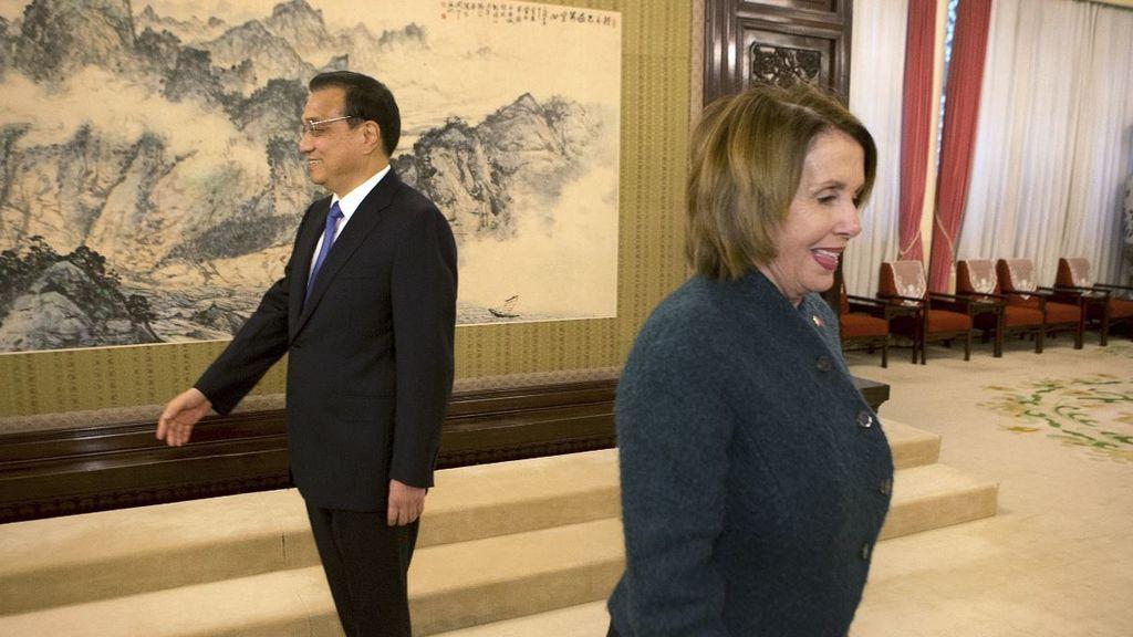 """Los demócratas aprueban """"vía dura"""" contra China por su actuación en Hong Kong en el Congreso americano"""