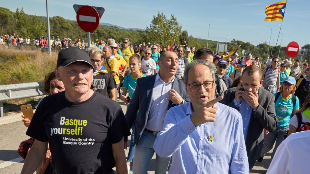 """Ibarretxe reaparece junto a  Quim Torra en la """"marcha por la libertad"""" de la AP-7"""