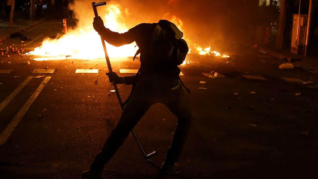 En Directo | Cuarto día de protestas y disturbios en Barcelona