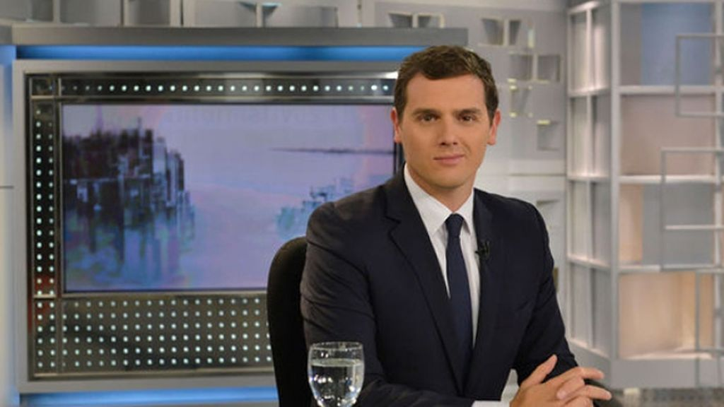 Pedro Piqueras entrevista a Albert Rivera esta noche en Informativos Telecinco