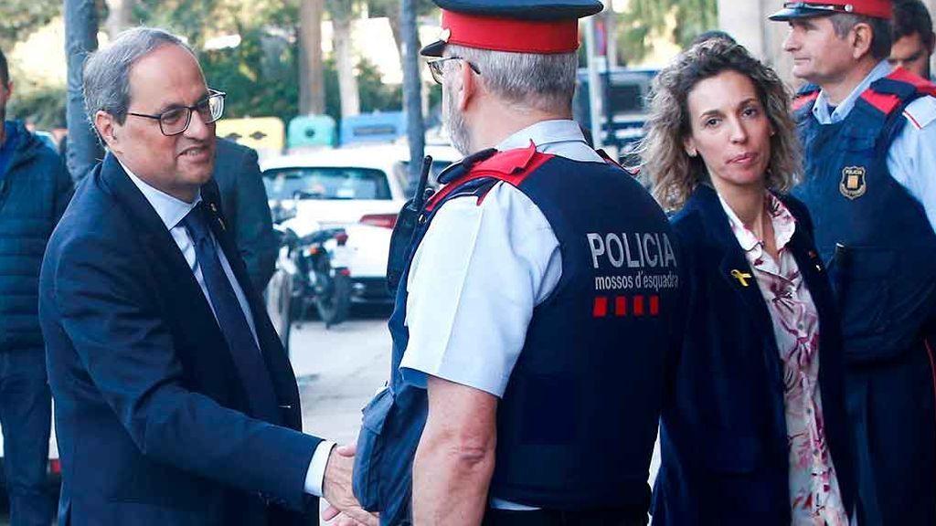 Torra llega al Parlament