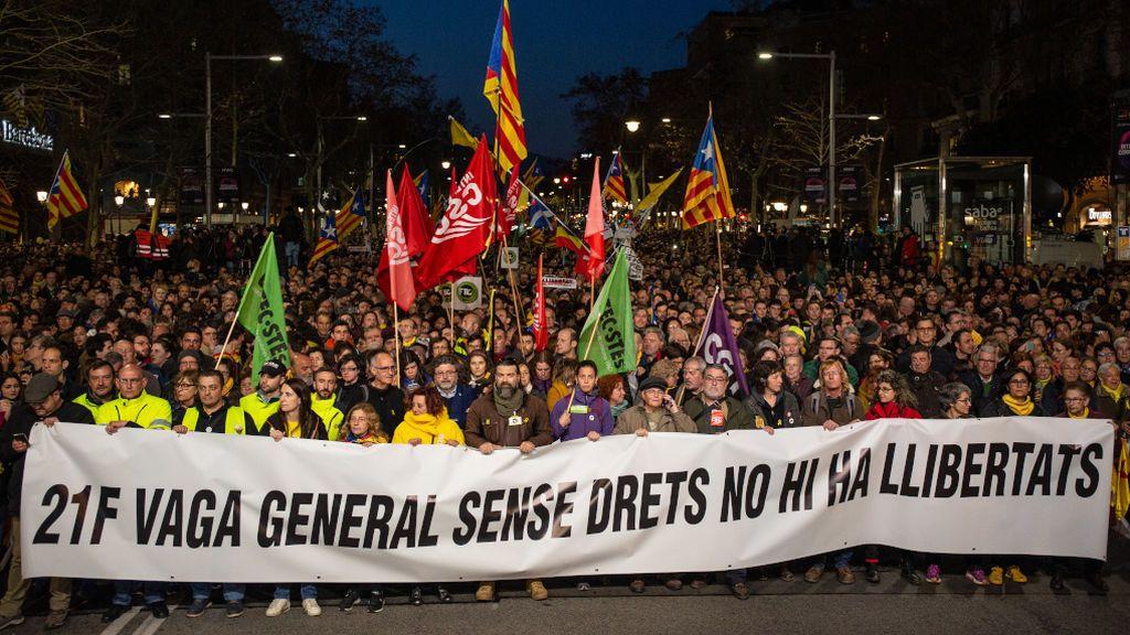 La huelga general se suma en Cataluña a las movilizaciones