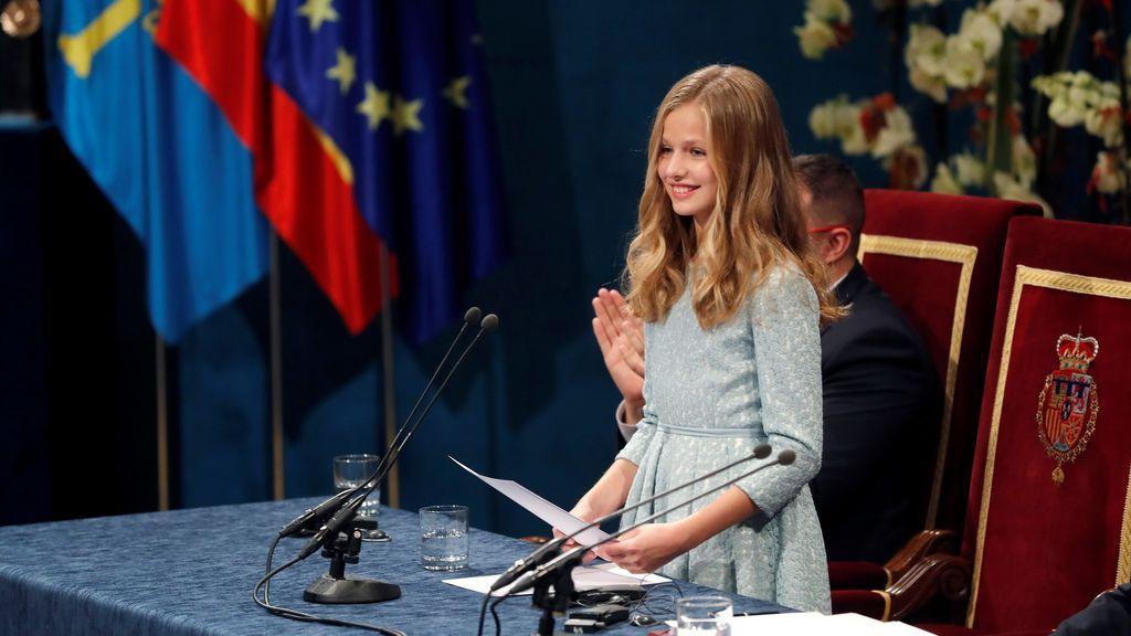 Leonor cumple con nota en su día más importante con un discurso lleno de guiños a su familia y Asturias