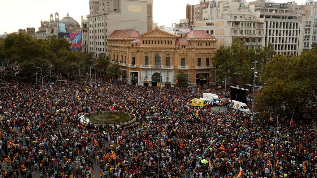 Más de medio millón de personas se manifiestan en Barcelona