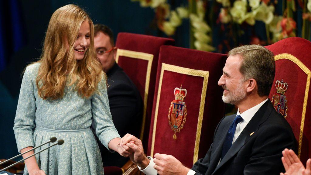 """Los consejos de Felipe VI a su hija tras su primer discurso: """"Ánimo, coraje, valentía, responsabilidad, bondad y ejemplaridad"""""""