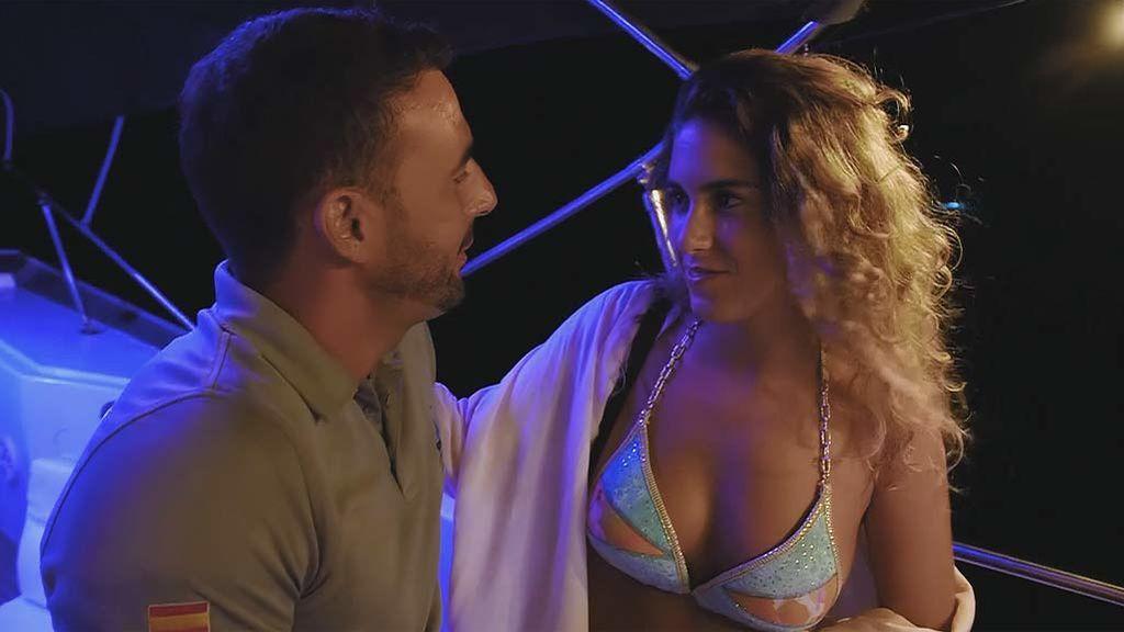 """Javi besa a Andrea y a Paloma en la misma fiesta: """"Estoy perdido"""""""