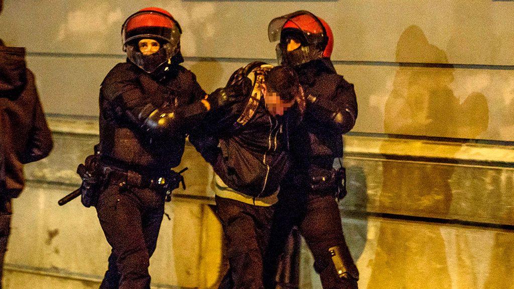 22 detenidos en la manifestación contra el mitin de VOX en Bilbao