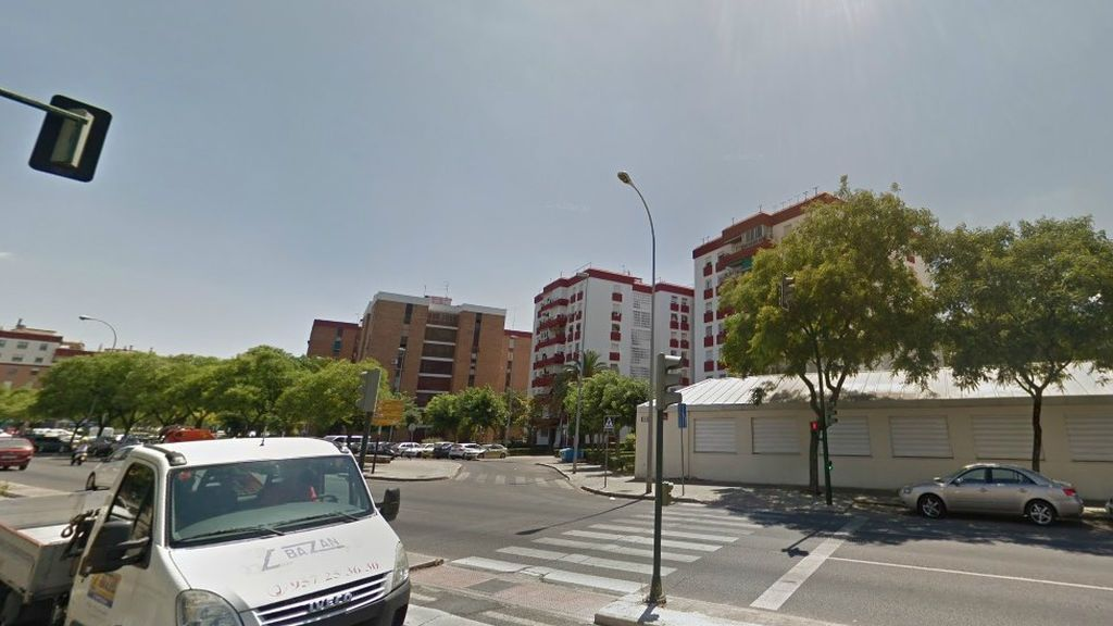 Muere un menor de 15 años al precipitarse desde un séptimo cuando arreglaba una persiana en Córdoba
