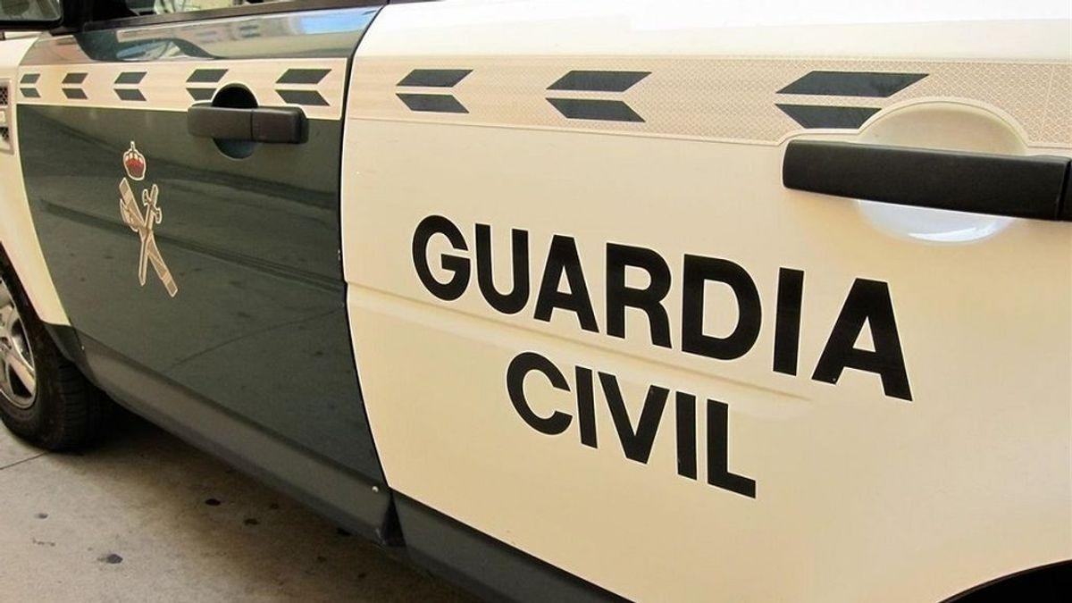 Una guardia civil fuera de servicio detiene un hombre que le fotografiaba sus zonas íntimas en un tren de Madrid