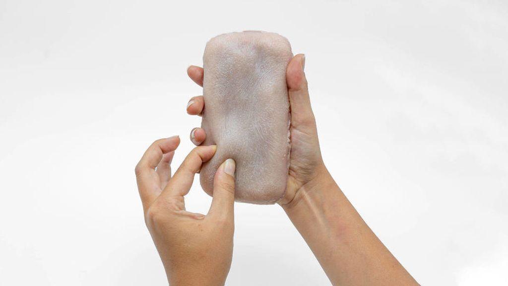 Llegan las carcasas para móvil que imitan la piel humana