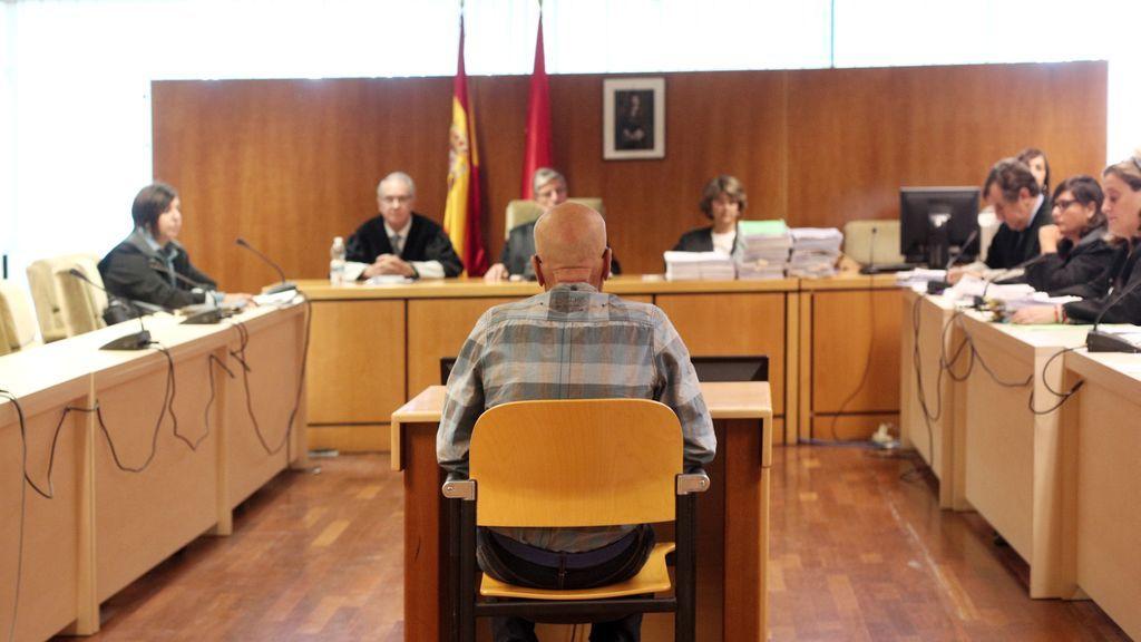Condenan a 96 años de cárcel el 'violador del ascensor'