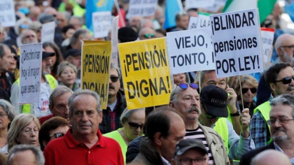 La deuda se acerca a su récord: sacaremos 3.500 millones de la 'hucha de las pensiones' para la extra de Navidad