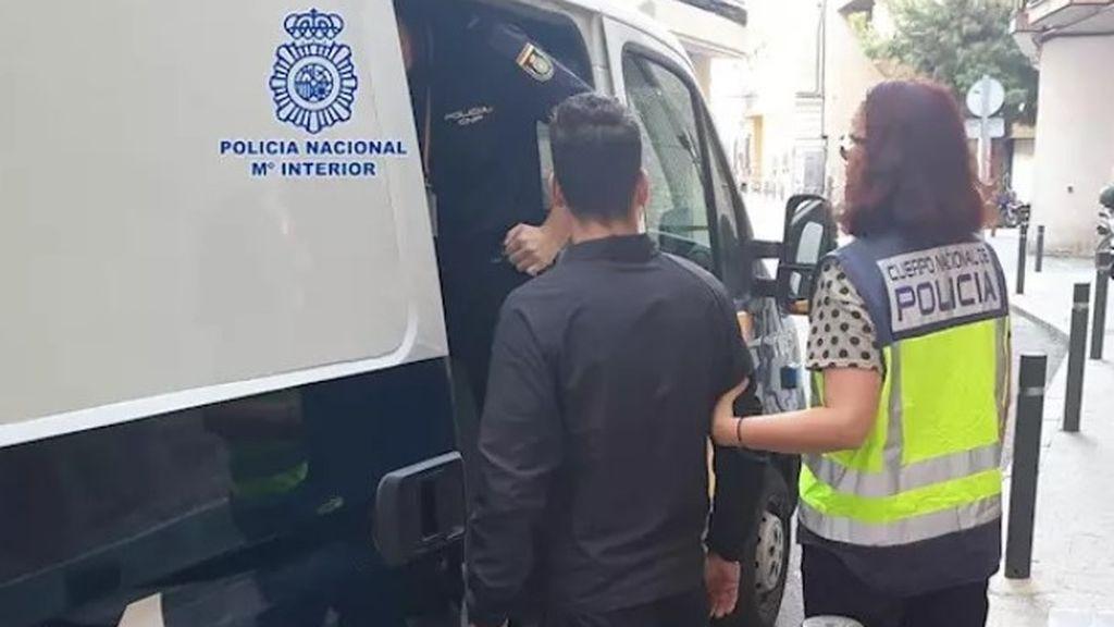 Detienen a un hombre por agredir sexualmente a una joven en el ascensor de su domicilio en Murcia