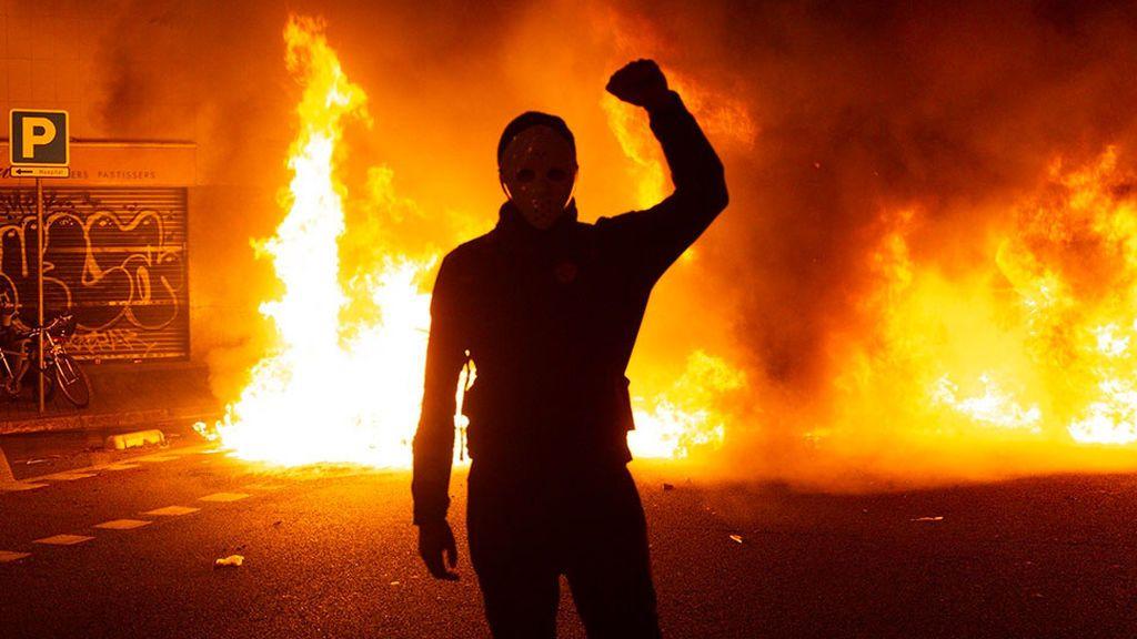 Últimos sondeos: el conflicto en Cataluña beneficia a la derecha