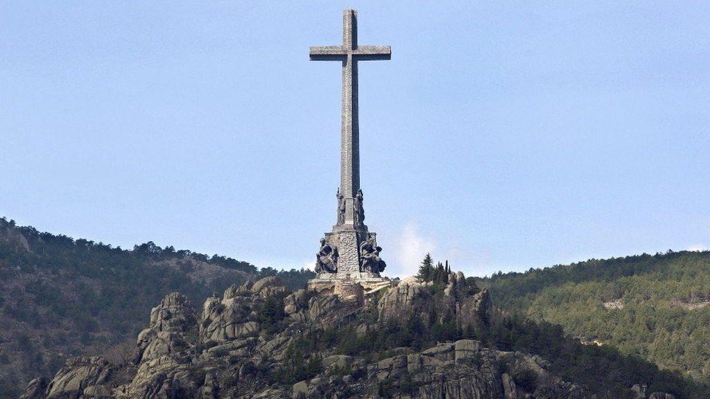 Abogados Cristianos solicita que se permita a los monjes benedictinos oficiar misa en la basílica del Valle de los Caídos