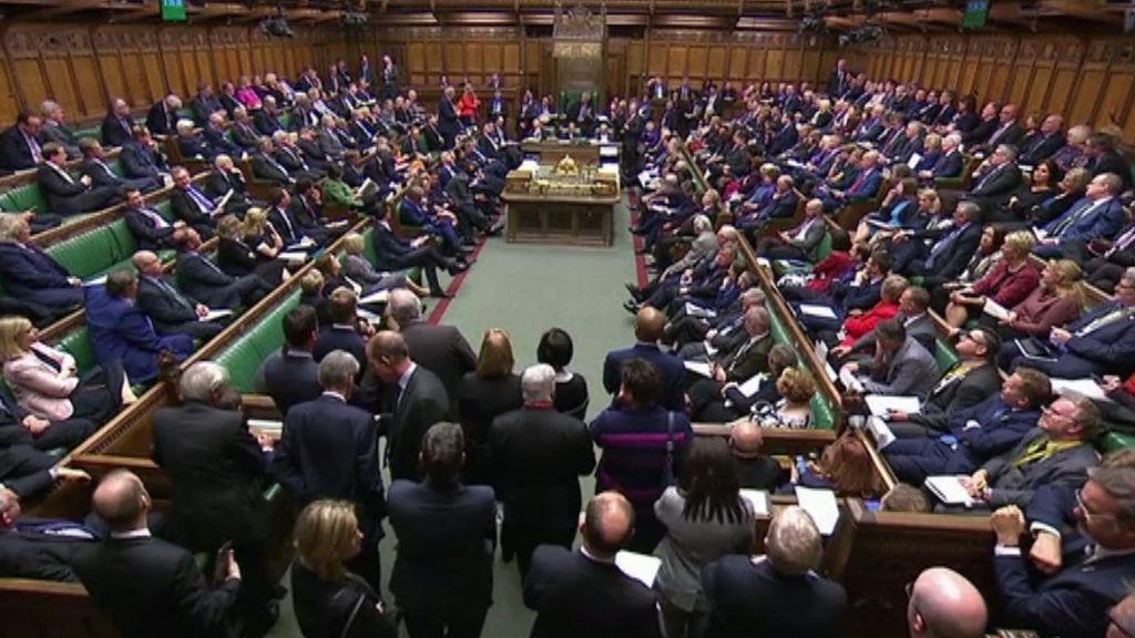 A 9 días de la fecha límite, el parlamento británico rechaza votar de nuevo el plan de Johnson para el Brexit