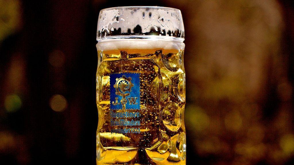 Descubre que su intestino era como una 'fábrica de cerveza' tras 6 años ebrio sin consumir alcohol
