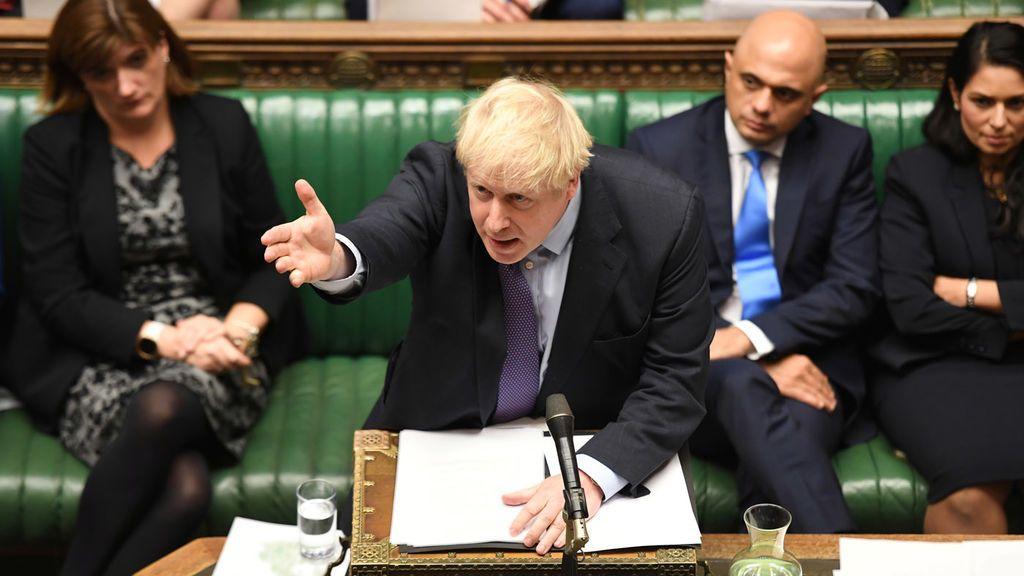 El Parlamento británico respalda el acuerdo del 'brexit' de Boris Johnson pero da la espalda a su calendario