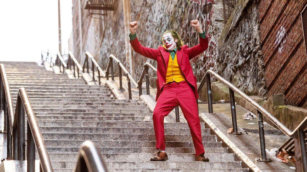 Las 'escaleras del Joker' causan furor y hasta se busca porno del personaje