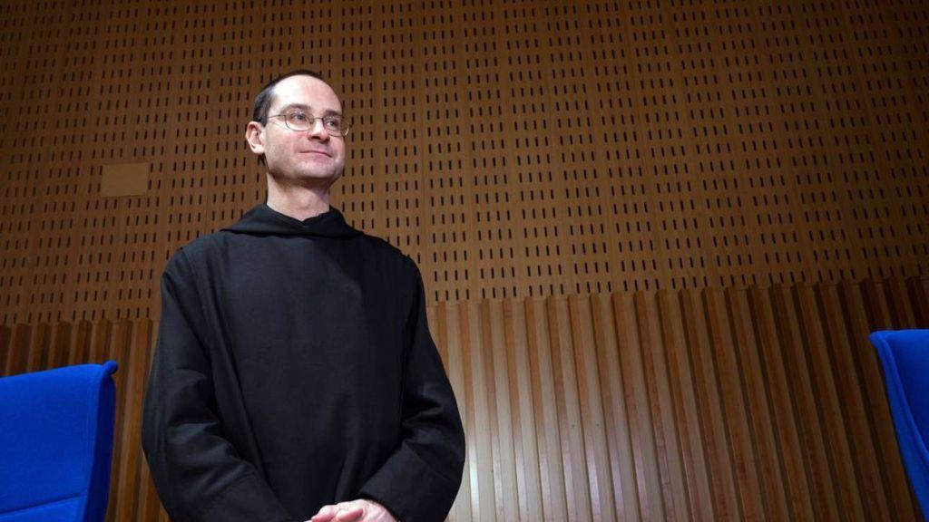 El prior avisa al Papa, a Solesmes, la CEE y a Osoro que no se está respetando la inviolabilidad del Valle de los Caídos