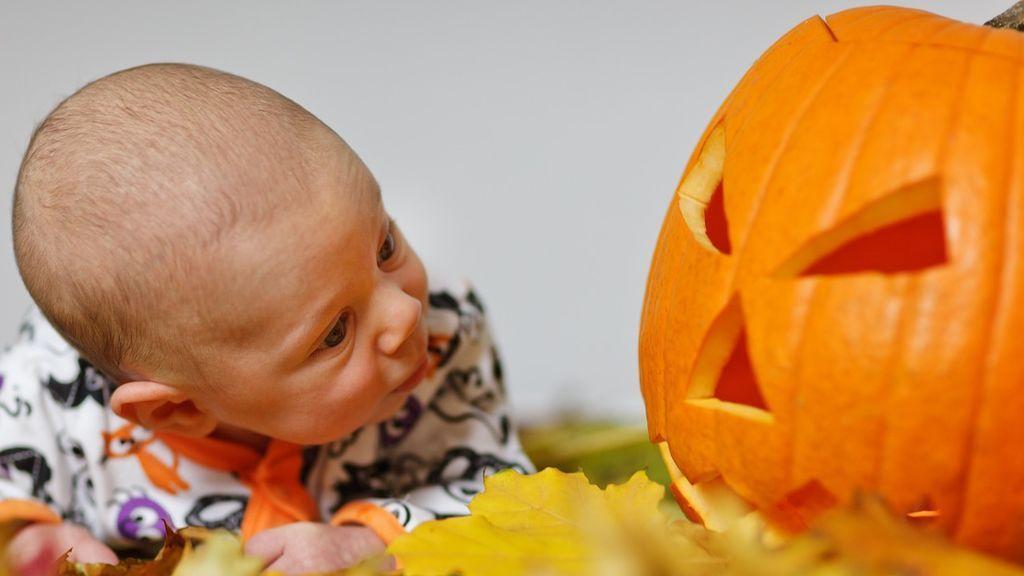 Consejos para celebrar un Halloween seguro para los niños: disfraces de colores vivos y otras recomendaciones