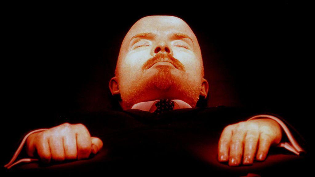 De Lenin a Mussolini: ¿dónde están enterrados los dictadores del siglo XX?