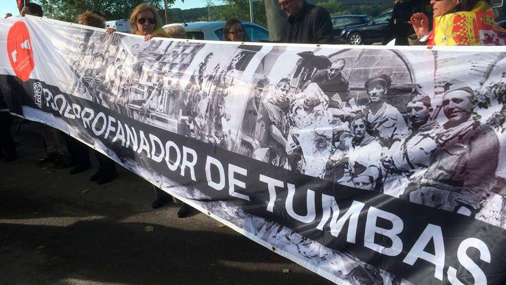 PSOE, profanador de tumbas