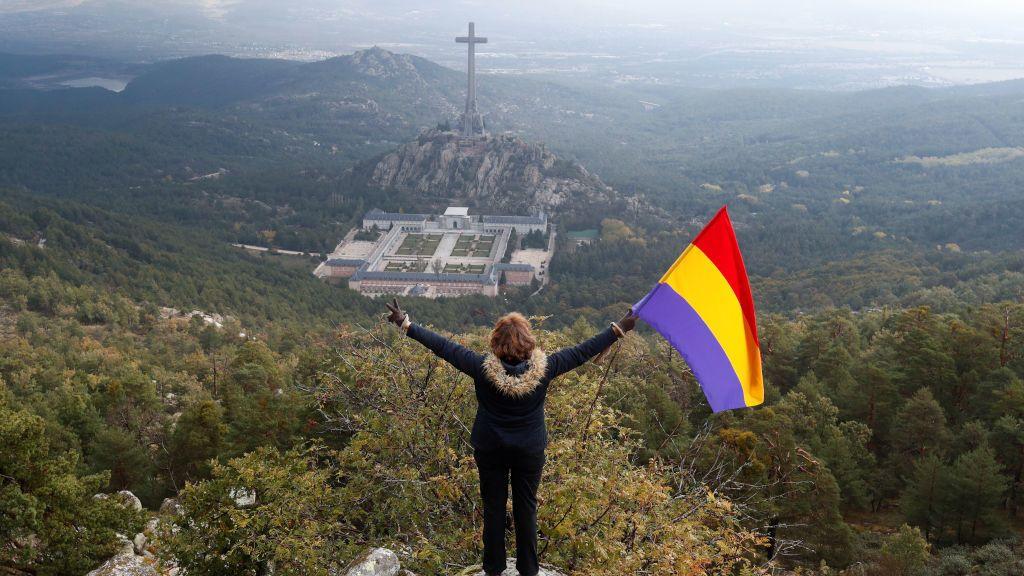 La exhumación de Franco, en imágenes
