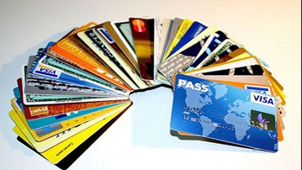 El peligro de las tarjetas revolving: qué son y cómo evitar una deuda perpetua