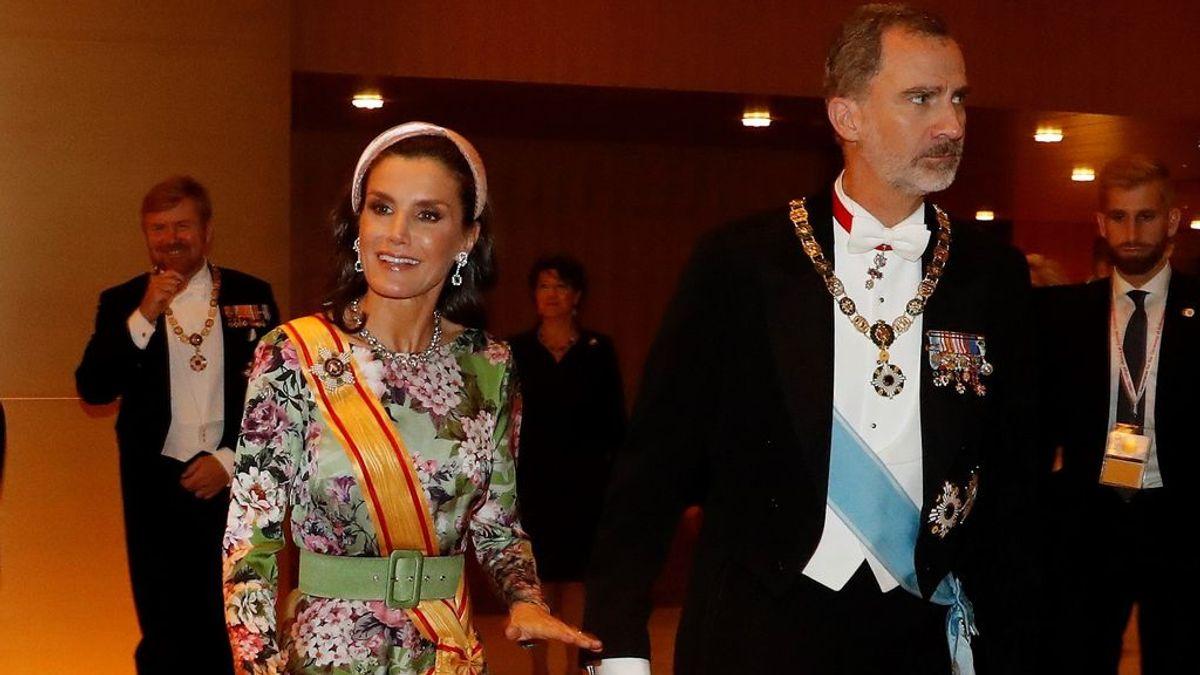 """""""Hemos recibido pedidos desde Japón"""": el """"efecto Letizia"""" o qué sucede en las tiendas cuando la reina viste una de sus prendas"""