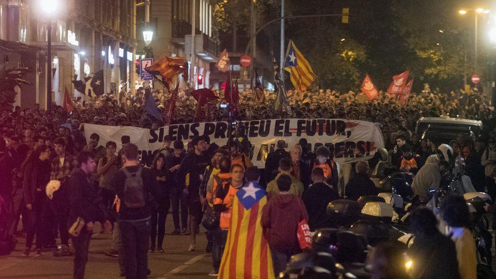 Barcelona vuelve a tomar las calles contra la represión y la sentencia del procés
