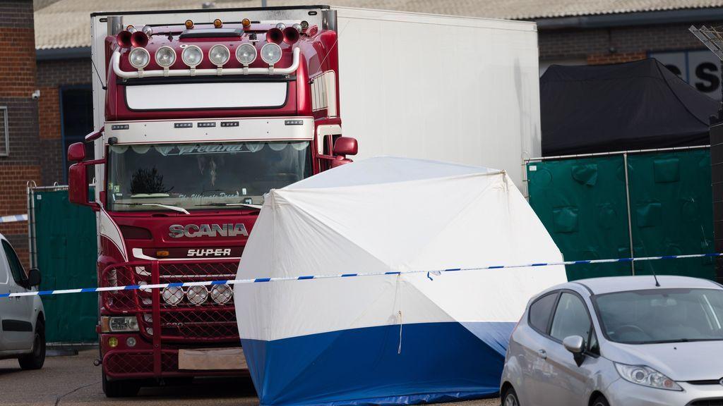 Detenido en Irlanda un quinto sospechoso por la muerte de los 39 inmigrantes en un camión frigorífico en Essex