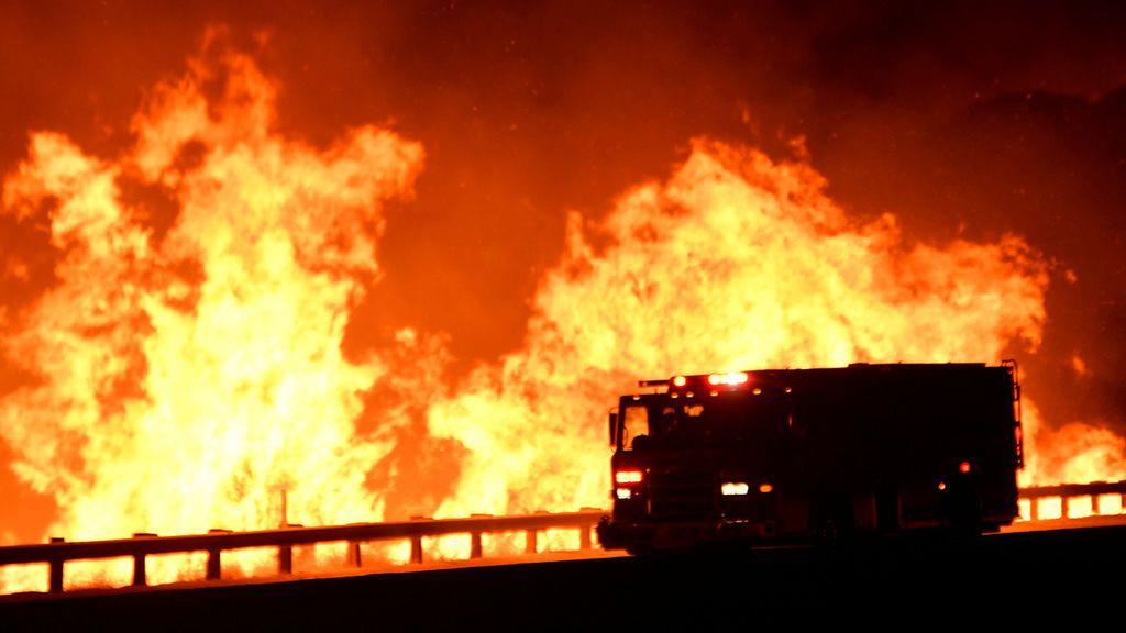 Los incendios de California se trasladan a Méjico y dejan tres fallecidos