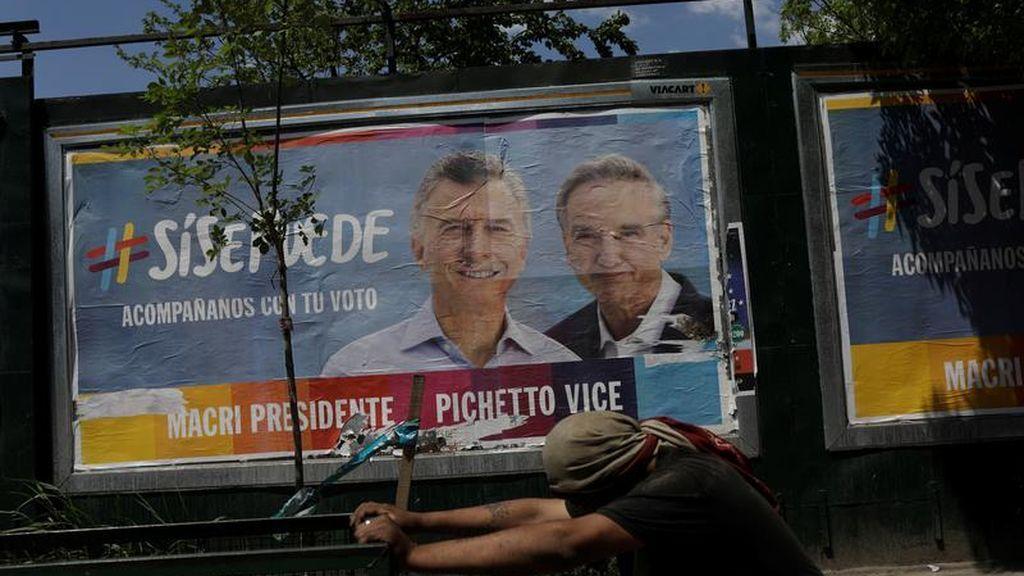 Abren las urnas en Argentina para decidir entre la permanencia de Macri o la consagración de Fernández