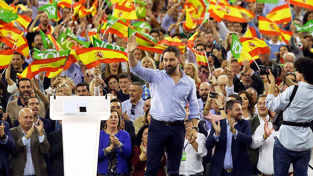 Abascal llena el Palacio de los Deportes de Granada