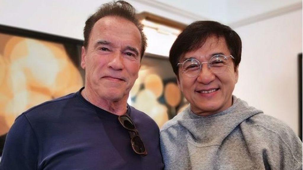 """Arnold Schwarzenegger revoluciona las redes con una fotografía con Jackie Chan: """"Es leyenda e inspiración"""""""