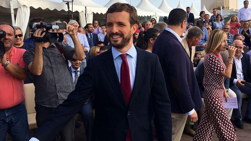 """El PP acusa  al PSOE y Vox  de tener un pacto para que el voto a Casado no crezca:  """"Es evidente que hablan"""""""