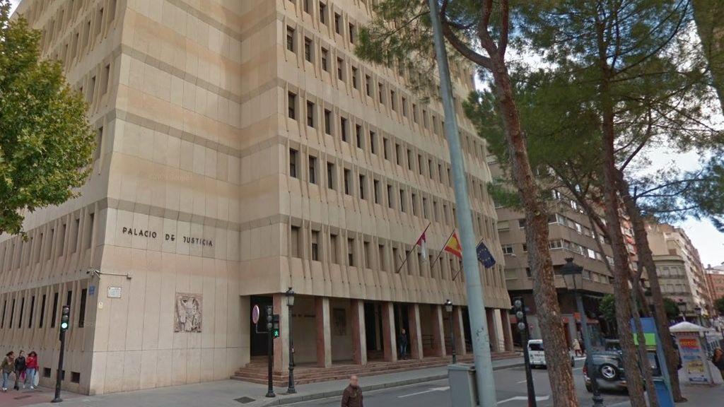Condenan a más de 14 años de cárcel a un padre que abusó sexualmente de su hija menor