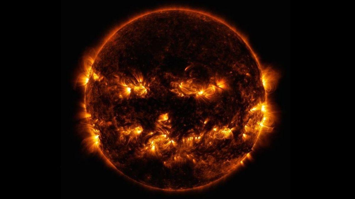 La NASA también celebra Halloween, publica una fotografía del Sol en la que parece una terrorífica calabaza