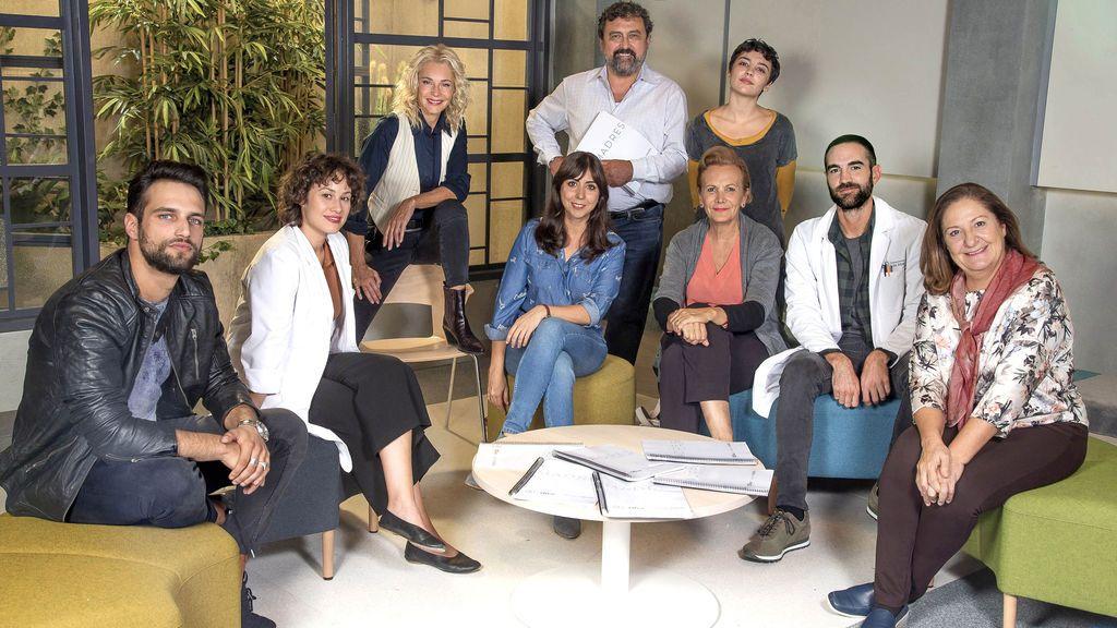 Jon Plazaola, Elena Irureta, Paco Tous, Jesús Castro e Irene Arcos se incorporan al reparto de 'Madres' en su segunda temporada