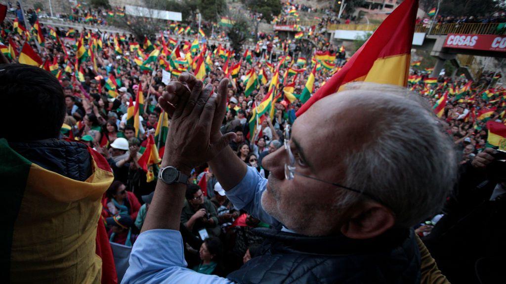 """Carlos Mesa """" o soy Presidente de Bolivia o voy a la cárcel"""""""
