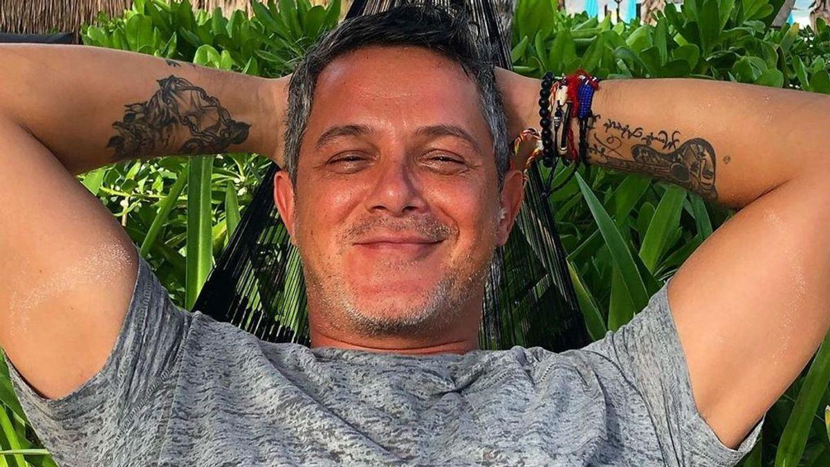 Habemus beso: Alejandro Sanz y Rachel Valdés, de escapada por las playas mexicanas