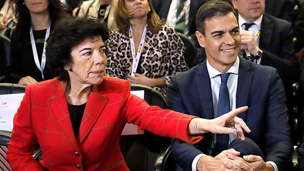 La JEC abre expediente a Pedro Sánchez y a Isabel Celaá por vulnerar la neutralidad desde Moncloa