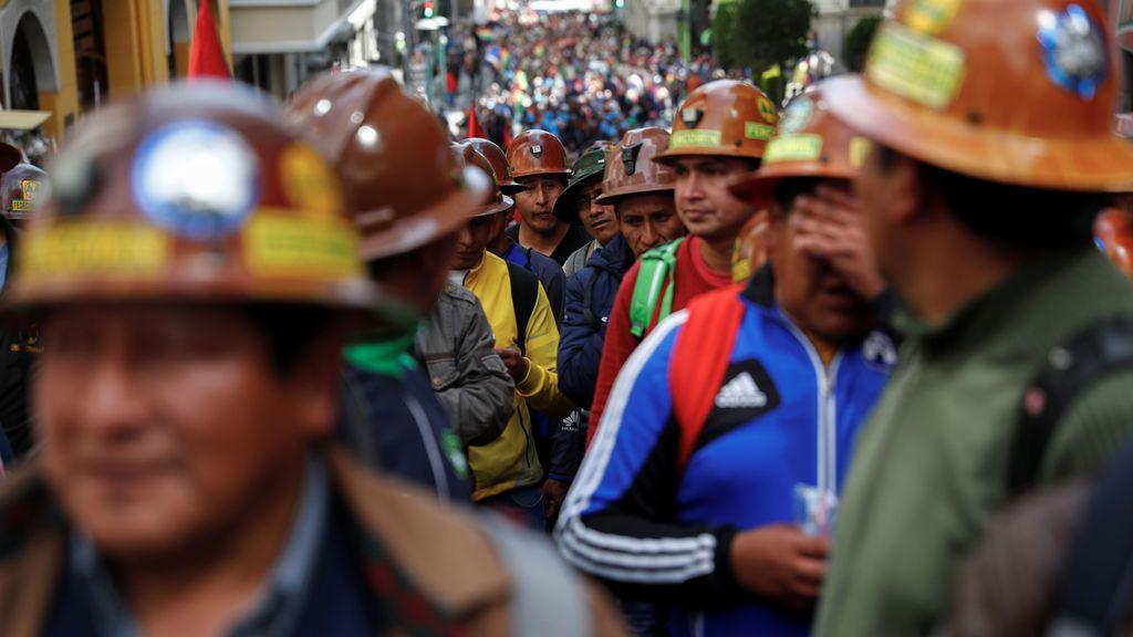 Resaca electoral en Bolivia:  Enfrentamiento entre los seguidores de Evo Morales y del opositor Carlos Mesa
