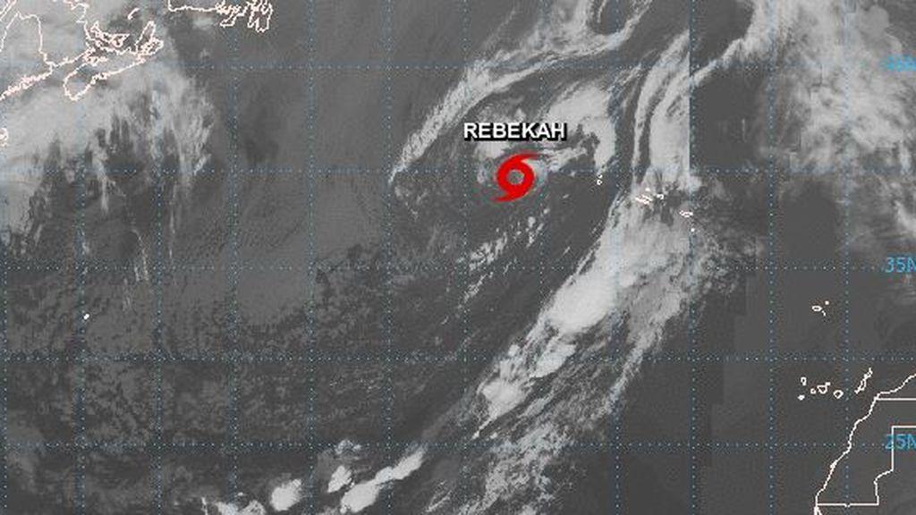 Ciclón subtropical en el Atlántico: la tormenta Rebekah se acerca a las Azores