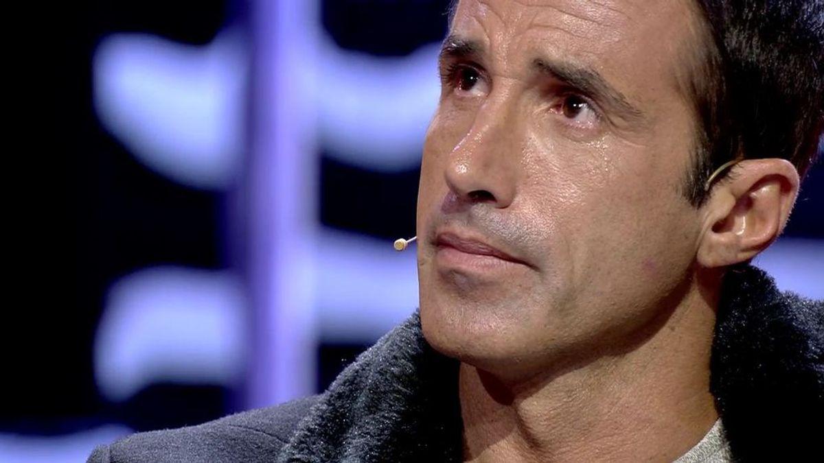 """Hugo llora al ver la confusión de Adara con Gianmarco: """"Cuando salga, se va a arrepentir"""""""