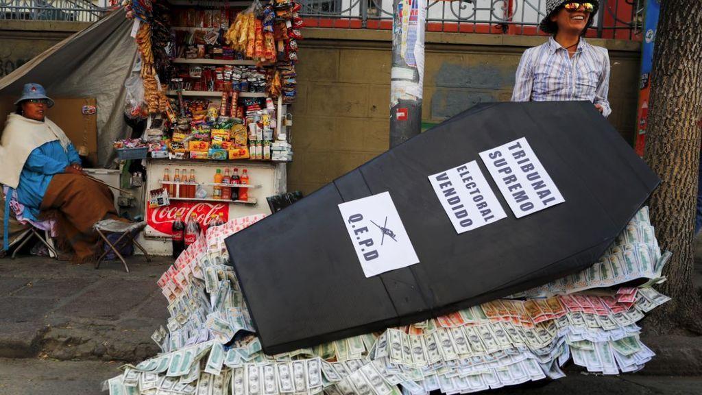 La violencia continúa en Bolivia, dos muertos y decenas de heridos a la espera de la OEA