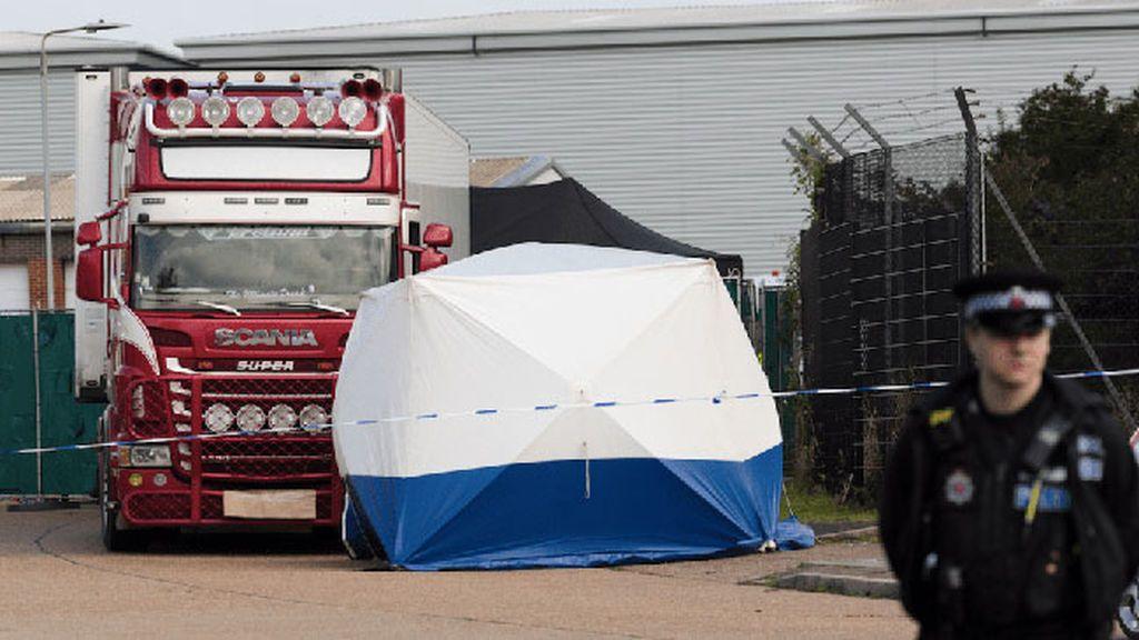 La Policía británica cree que los 39 inmigrantes hallados muertos en un camión eran vietnamitas