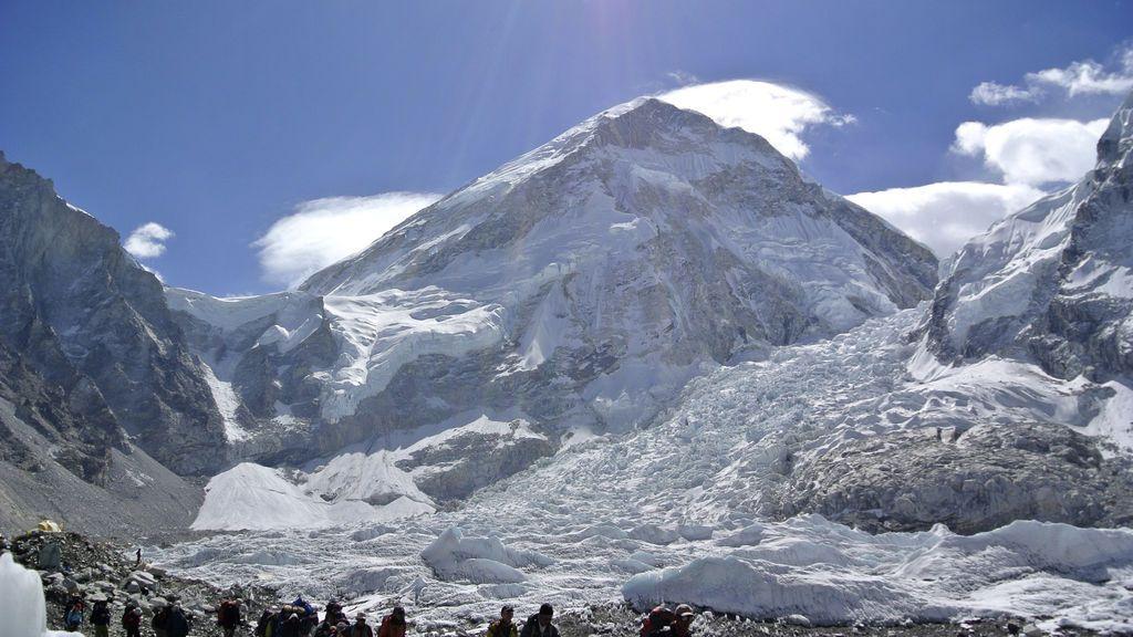 Muere un montañero zaragozano en un pico del Himalaya en Nepal